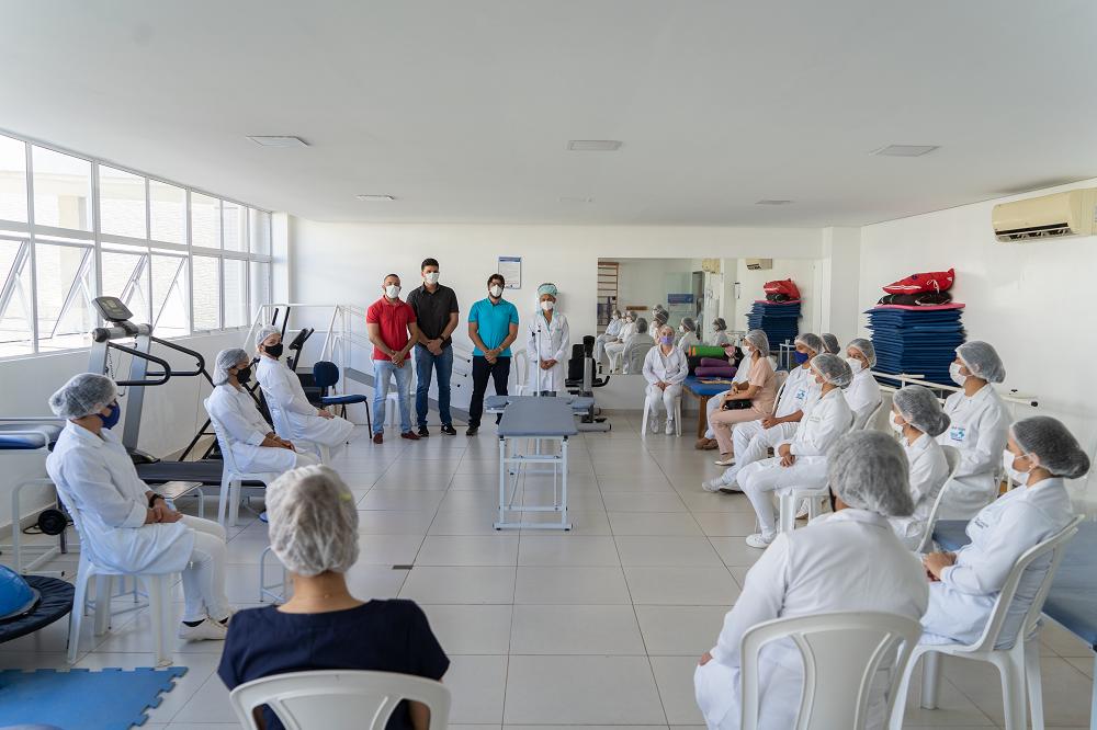 Os Desafios e o Protagonismo da Fisioterapia no Enfrentamento a COVID 19 – Uma Abordagem Clínica e Social